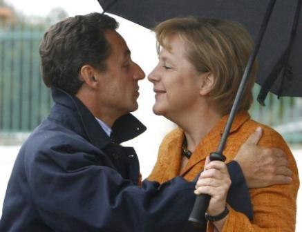 De gjorde det igjen. President Nicolas Sarkozy og kansler Angela Merkel reddet EU-toppmøtet fra kollaps og kanskje Hellas fra bankerott. Foto: CC/Neanderthal