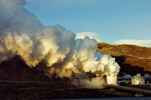Underjordisk varme er en av Islands skjulte verdier. Kan energien brukes til å få landet ut av finanskrisen? Foto: CC/