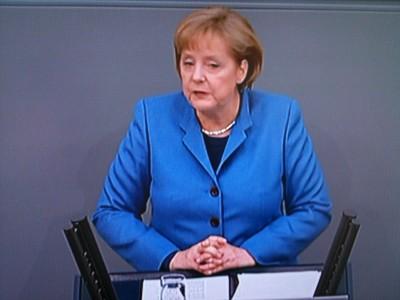 No-non-nein! En god europeer er ikke den som hjelper raskest, men som hjelper langsiktig, mener Tysklands kansler Angela Merkel om krisehjelp til det gjeldstyngede Hellas. Foto: Dag Yngland