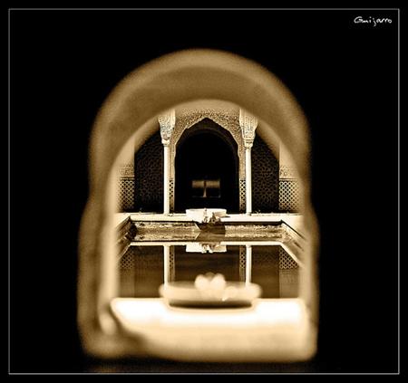 Detalj fra Alhambra (foto: Guijarro85. CC-lisens: by)
