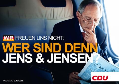 Tysk topp-politiker tok feil avis ved innsjekking.